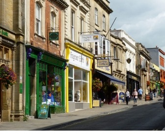 Business Rates changed to help high street retailers